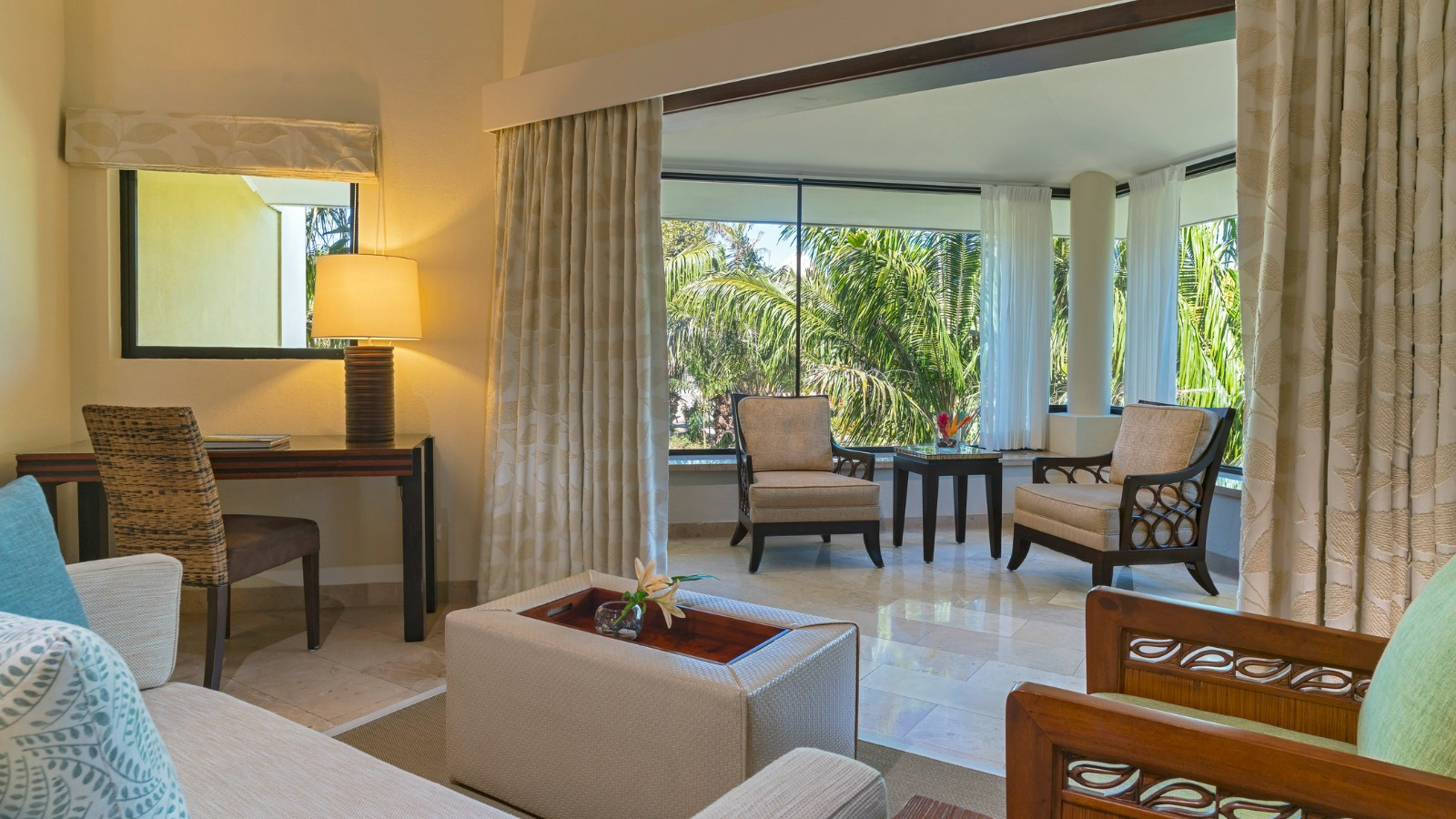 Premium Junior Suite - The Westin Golf Resort & Spa