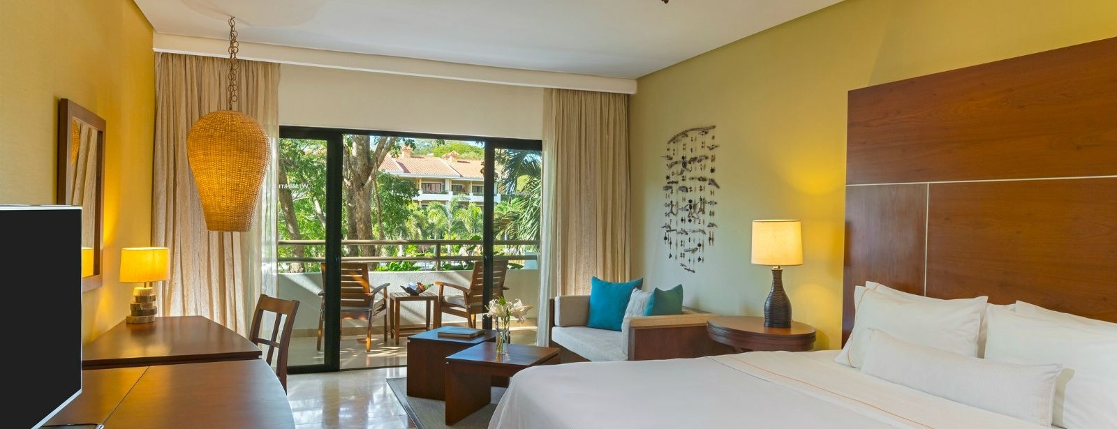 Royal Beach Club Room - The Westin Golf Resort & Spa